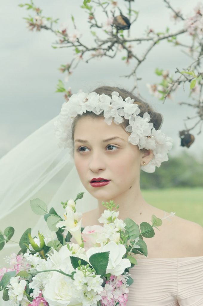 Exclusive bridal hair accessories for new season by Weddingbliss - 005