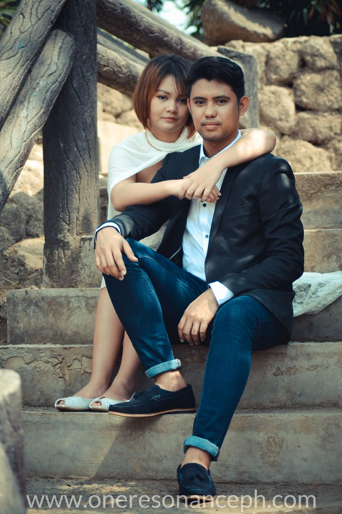 Stephen and Leticia - E-Session by One Resonance Photography and Multimedia - 009
