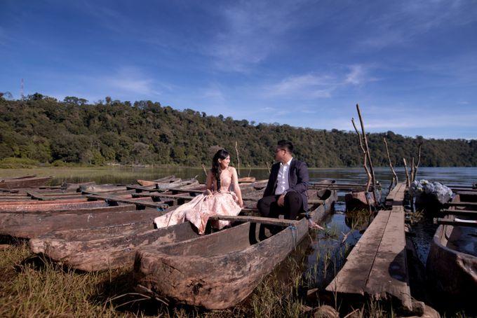 Henry & Friska Bali Pre-Wedding by Picomo - 031