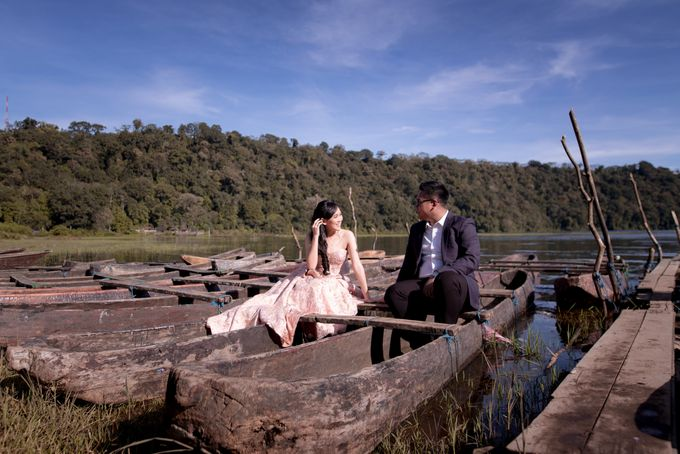 Henry & Friska Bali Pre-Wedding by Picomo - 030