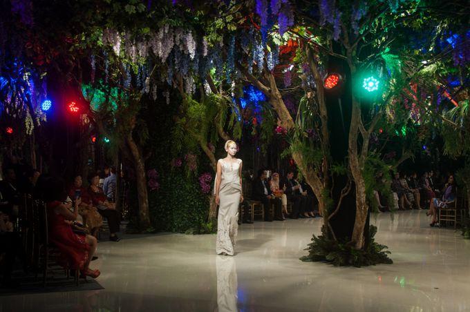 Fashion Show Sebastian Gunawan A Mid Summer Night Dream by Etcetera Lighting - 003