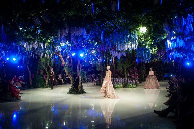 Fashion Show Sebastian Gunawan A Mid Summer Night Dream by Etcetera Lighting - 006