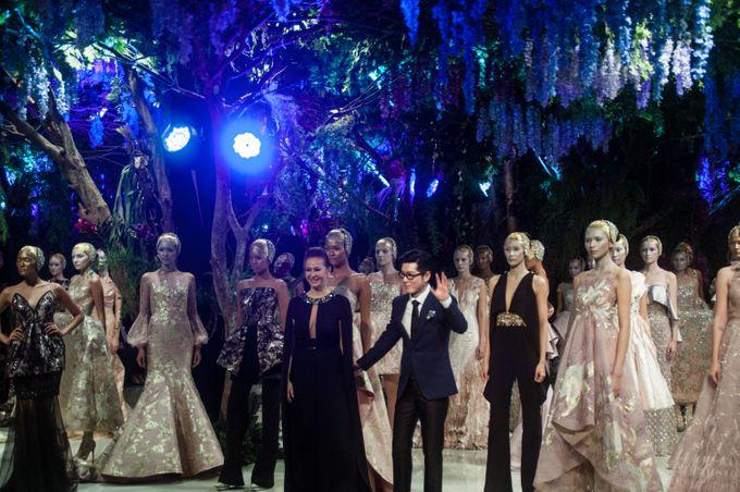 Fashion Show Sebastian Gunawan A Mid Summer Night Dream by Etcetera Lighting - 007
