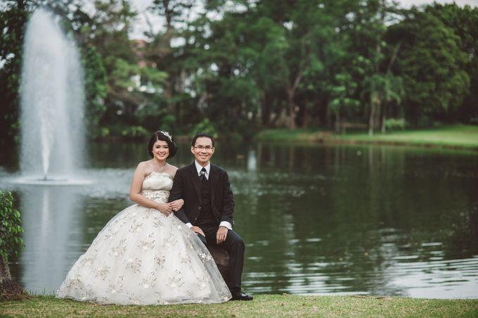 prewedding outdoor amel & felix by Francis'k Bride - 006