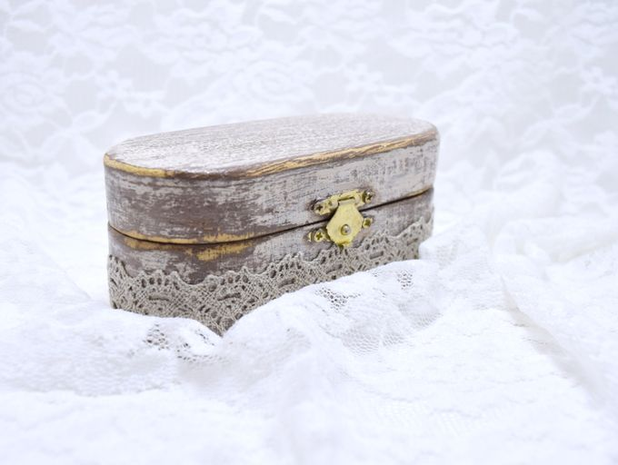 Ring pillows and ring boxes by Weddingbliss - 001