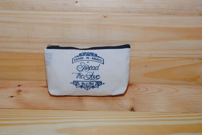 souvenir pouch blacu by Plung Creativo - 003