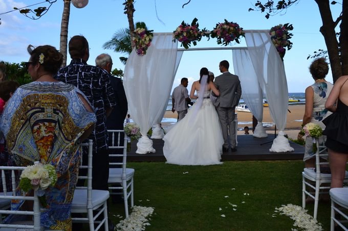 WEDDING OF ALEX & NAOMI by Fairmont Sanur Beach Bali - 012