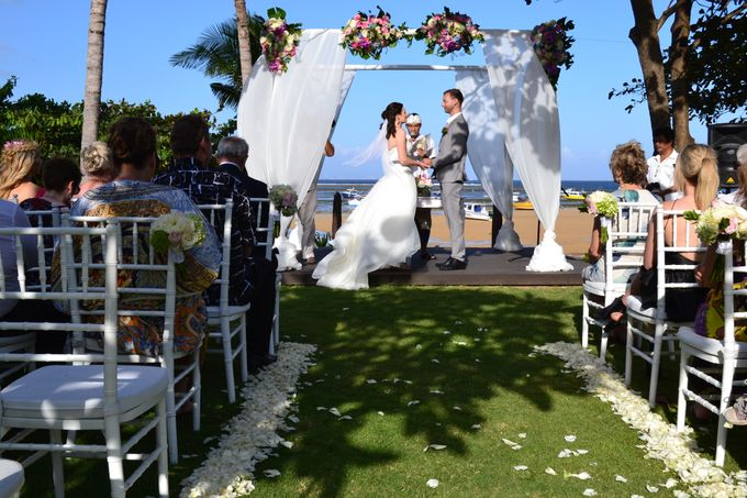 WEDDING OF ALEX & NAOMI by Fairmont Sanur Beach Bali - 014