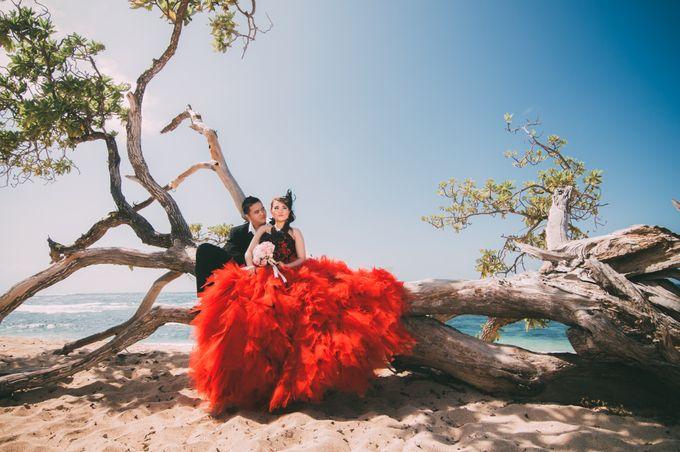Love in Bali Camel by Mariyasa - 007
