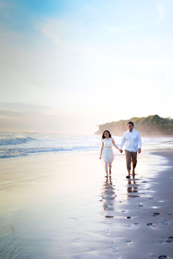 Henry & Friska Bali Pre-Wedding by Picomo - 002