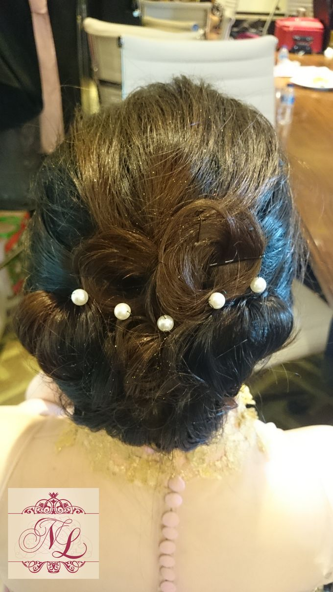 Hair do for Bridesmaid at Kempinski Hotel - Jakarta by Hotel Indonesia Kempinski Jakarta - 008
