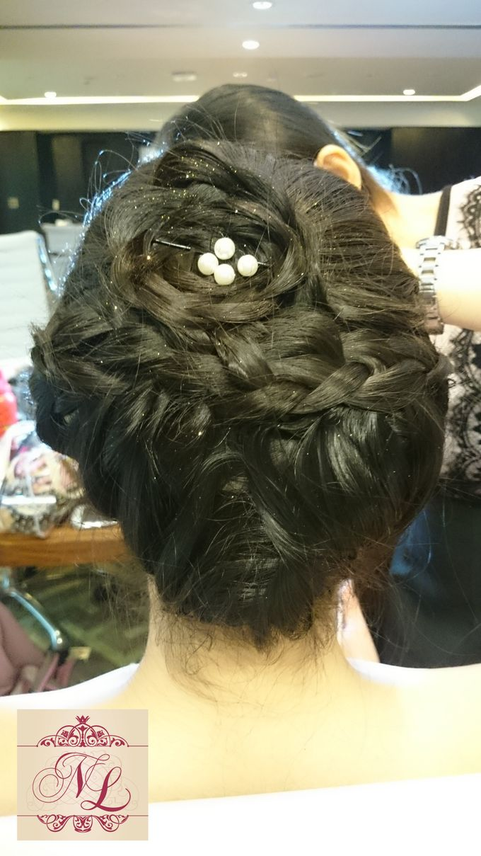 Hair do for Bridesmaid at Kempinski Hotel - Jakarta by Hotel Indonesia Kempinski Jakarta - 011