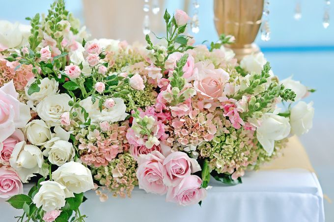 Elegant Wedding for Donna & Ricky by magical blossoms - 004