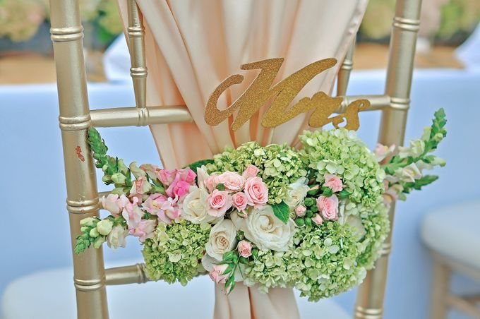 Elegant Wedding for Donna & Ricky by magical blossoms - 010