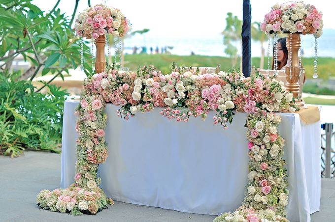 Elegant Wedding for Donna & Ricky by magical blossoms - 011