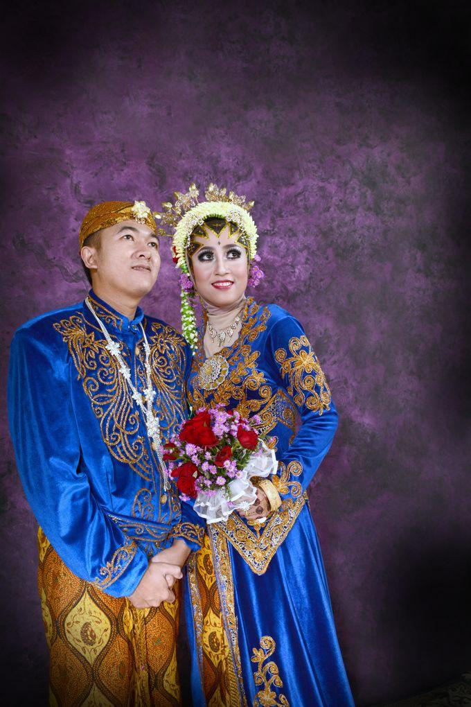 Dewi & Aan Wedding by Ngantermoto Photography - 002