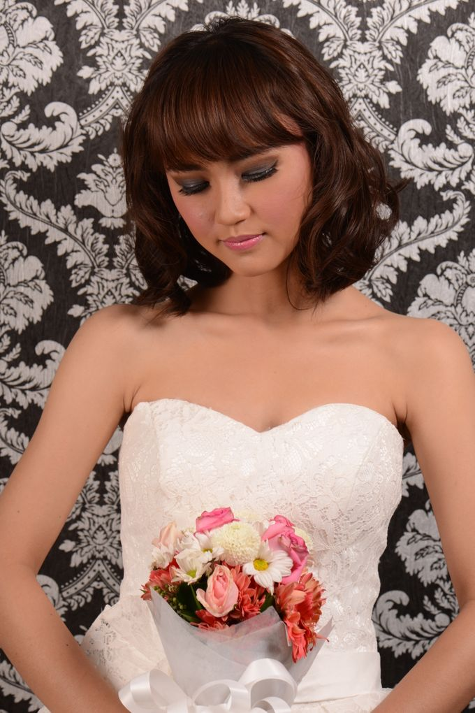 Romantic Bride Look by Arini Makeup Artist - 004