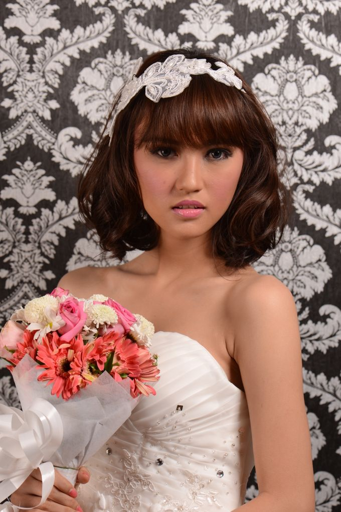 Romantic Bride Look by Arini Makeup Artist - 003