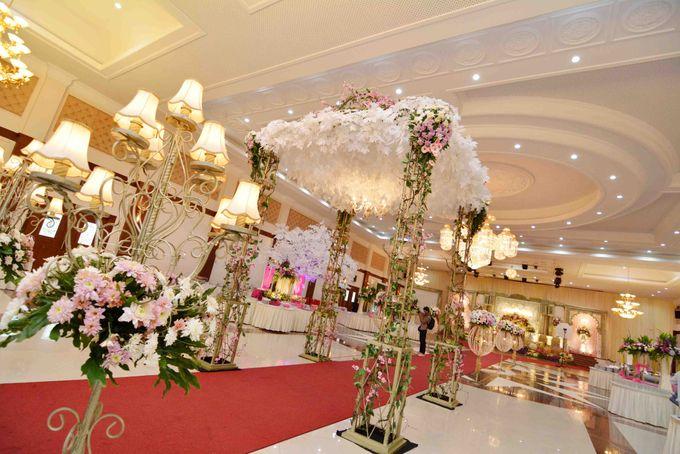 Wedding Decoration by BRAJA MUSTIKA Hotel & Convention Centre - 006