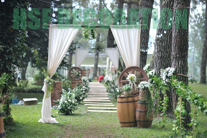 Rustic Theme Decoration by Home Smile Florist - 003