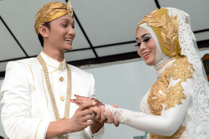 wedding Arief & Desty by WINOZ PHOTOVIDEOGRAPHY - 008