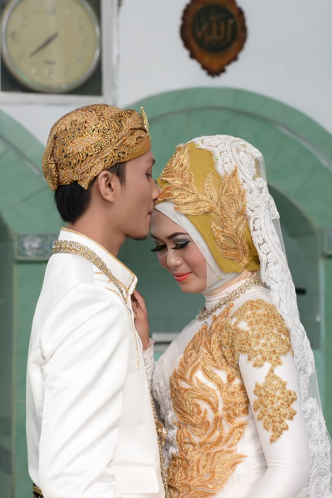 wedding Arief & Desty by WINOZ PHOTOVIDEOGRAPHY - 009