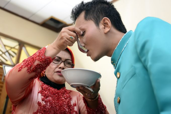 wedding Arief & Desty by WINOZ PHOTOVIDEOGRAPHY - 017