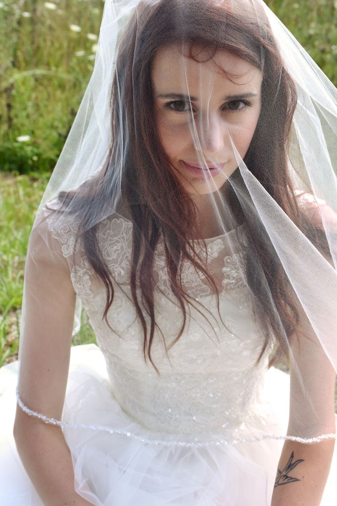 Meghan Ray Bridal Portraits by Two Wives Photography - 008