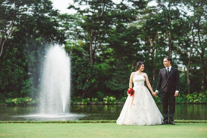 prewedding outdoor amel & felix by Francis'k Bride - 003