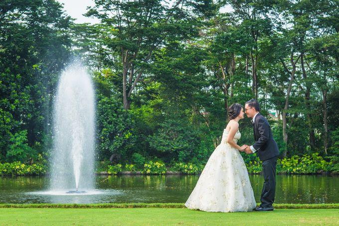 prewedding outdoor amel & felix by Francis'k Bride - 004