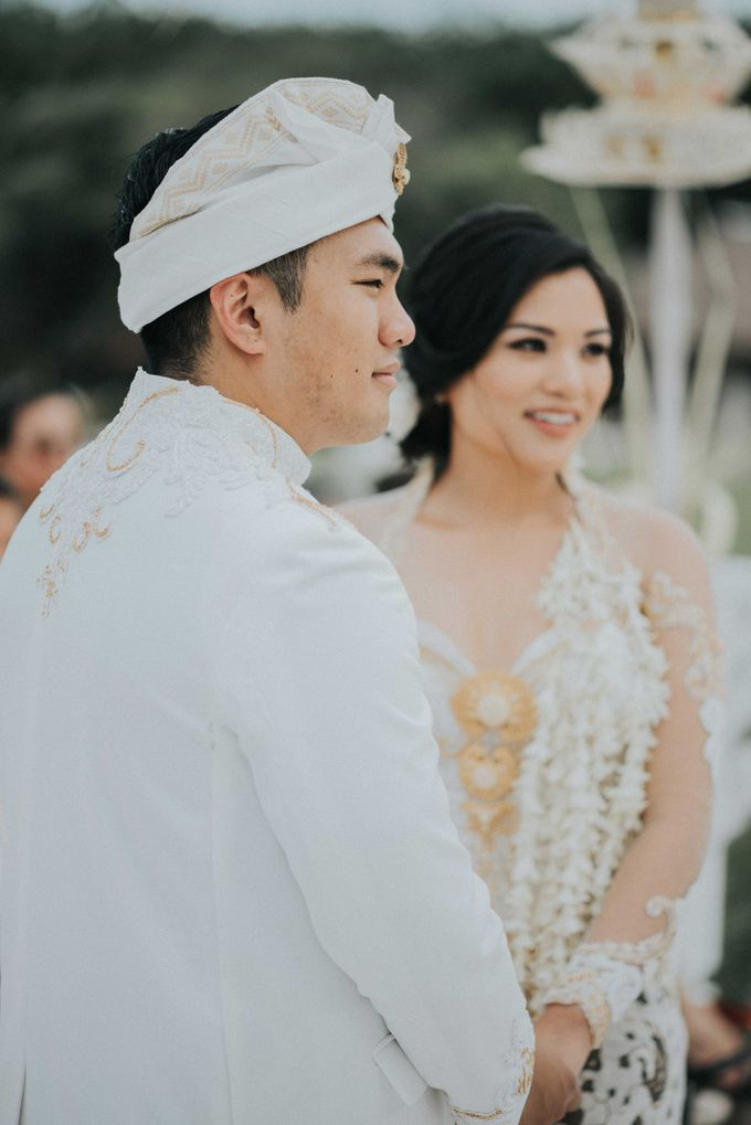 Andrew & Mylene Beautiful Wedding in Bali by Lis Make Up - 006