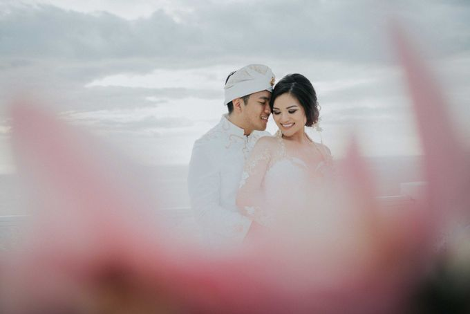 Andrew & Mylene Beautiful Wedding in Bali by Lis Make Up - 011