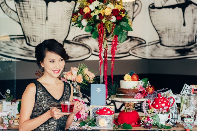 Madhatter's Party Themed Shoot x Melissa Koh by Ever & Blue Floral Design - 007