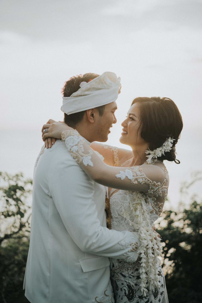 Andrew & Mylene Beautiful Wedding in Bali by Lis Make Up - 013