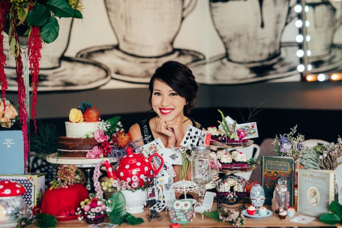 Madhatter's Party Themed Shoot x Melissa Koh by Ever & Blue Floral Design - 012