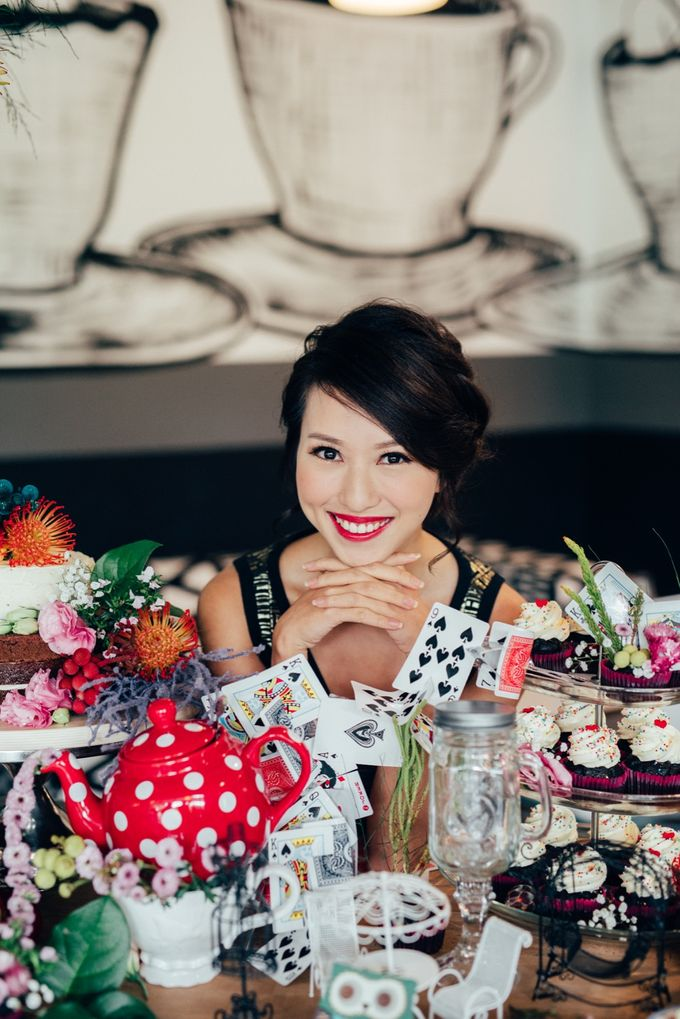 Madhatter's Party Themed Shoot x Melissa Koh by Ever & Blue Floral Design - 016