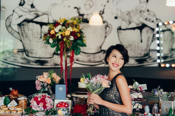 Madhatter's Party Themed Shoot x Melissa Koh by Ever & Blue Floral Design - 017