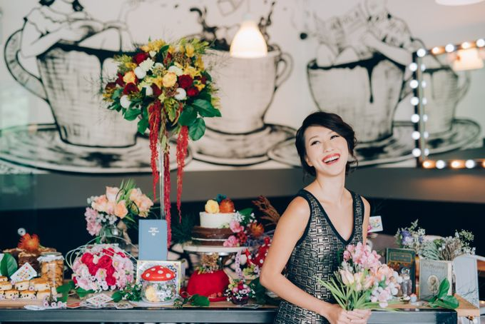Madhatter's Party Themed Shoot x Melissa Koh by Ever & Blue Floral Design - 020