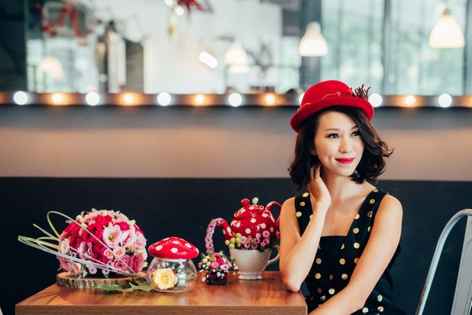 Madhatter's Party Themed Shoot x Melissa Koh by Ever & Blue Floral Design - 026