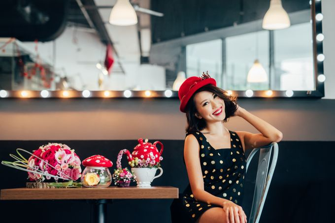 Madhatter's Party Themed Shoot x Melissa Koh by Ever & Blue Floral Design - 027