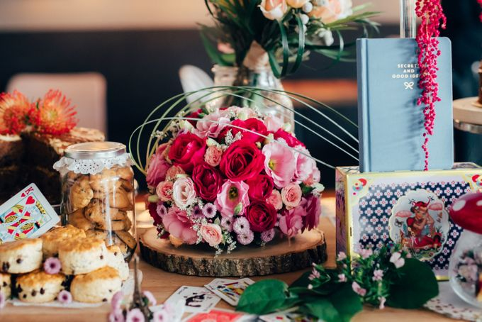 Madhatter's Party Themed Shoot x Melissa Koh by Ever & Blue Floral Design - 037
