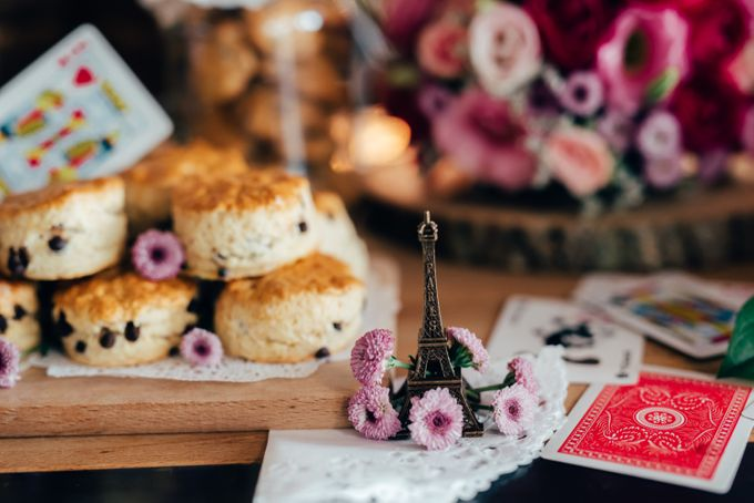 Madhatter's Party Themed Shoot x Melissa Koh by Ever & Blue Floral Design - 039
