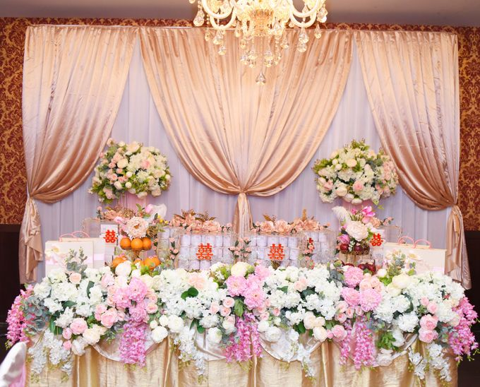 the Engagement Day by Rossely's Florist - 001