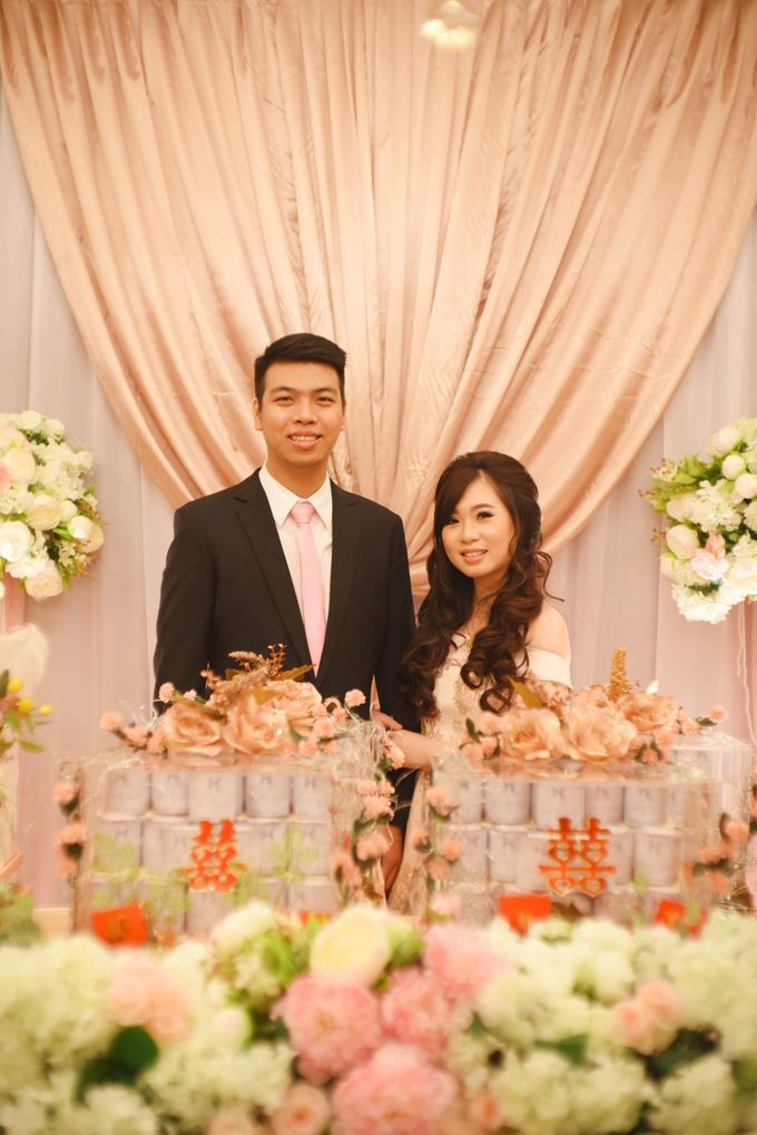 the Engagement Day by Rossely's Florist - 004