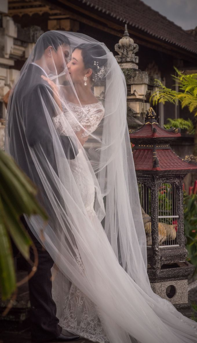 Bali Pre Wedding Photo shoot by George Chalkiadakis Pro Art Photography - 002