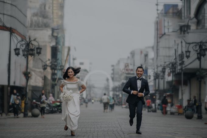 The Prewedding of Teto & Prilly by Kimi and Smith Pictures - 010