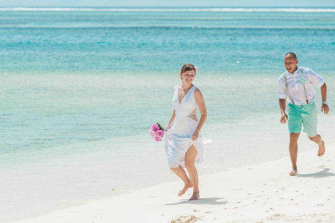 Ron and Aleenas  Beach Wedding in Maldives by Asad's Photography - 015