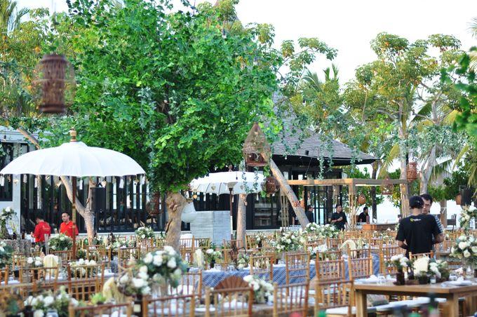 Wedding Dinner of Akta & Jinesh by The Royal Santrian Luxury Beach Villa - 001
