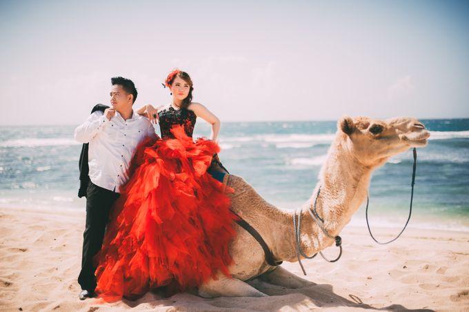 Love in Bali Camel by Mariyasa - 012