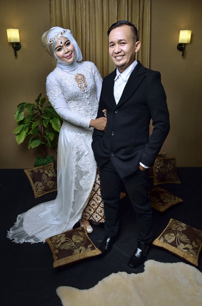 Prewedding Widya & Hafid at Beranda Photo Studio by BERANDA PHOTOGRAPHY - 010